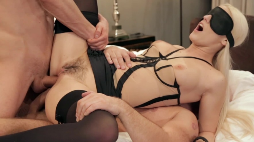 Blanche Bradberry Gets Blindfolded And Double Penetrated